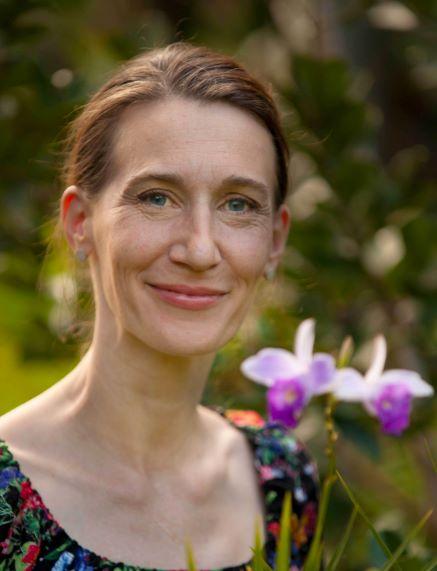 Portrait of Dr Katharina Nargar